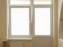 Металлопластиковые двери на балкон