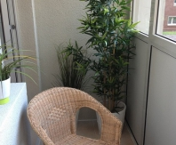 Даже небольшой балкон можно обустроить со вкусом