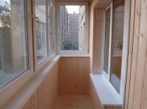 Отделка ПФХ балкона вагонкой