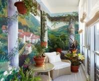 На таком балконе-комнате можно выпить чашечку кофе или просто отдохнуть за чтением любимой книги