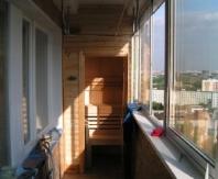 Пример размещения сауны на балконе