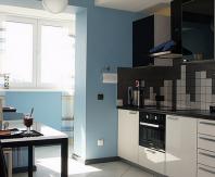 Интересное решение для кухни объединенной с балконом