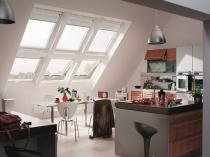 Столовая-кухня на мансардном этаже